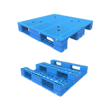 Open Deck 3 Runners Storage Plastic Pallet